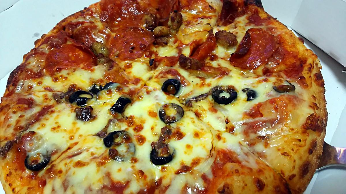 ドミノ・ピザでハーフ&ハーフ