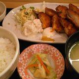 ジャンボアジフライとイカフライ定食@笑助