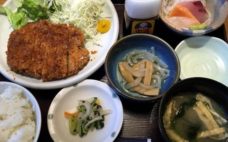 海鮮系居酒屋で食べる揚げ物なランチの話