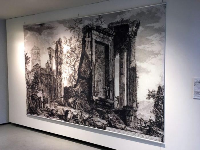 ジョヴァンニ・バッティスタ・ピラネージ:『ローマの景観』より:シビラの神殿、ティヴォリ(背後から)