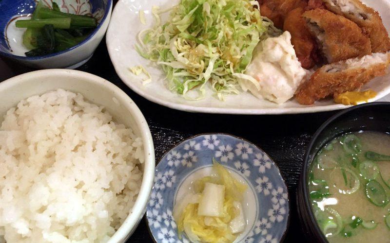 鶏のからあげと白身魚フライ定食@笑助