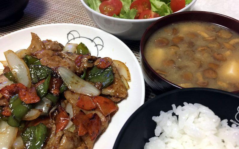 晩御飯のメインは豚肉と野菜のオイスターソース炒め