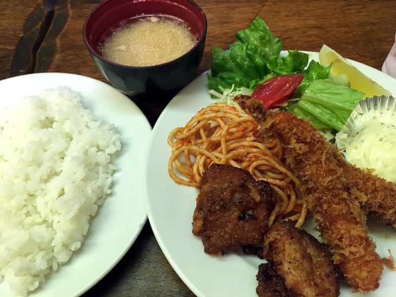 エビフライと若鶏の唐揚@キッチン・ダダ