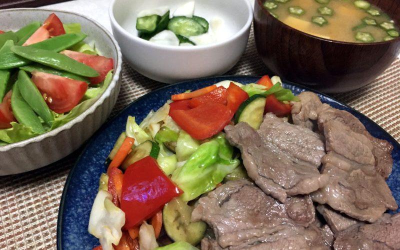 野菜いっぱいの焼肉