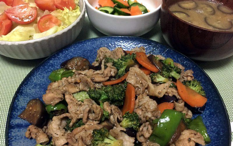 豚バラ肉とブロッコリーのピリ辛にんにく醤油炒め