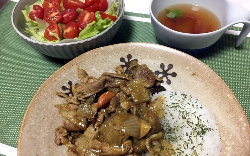 豚こま肉と野菜室にあったもので作るスパイシーカレー