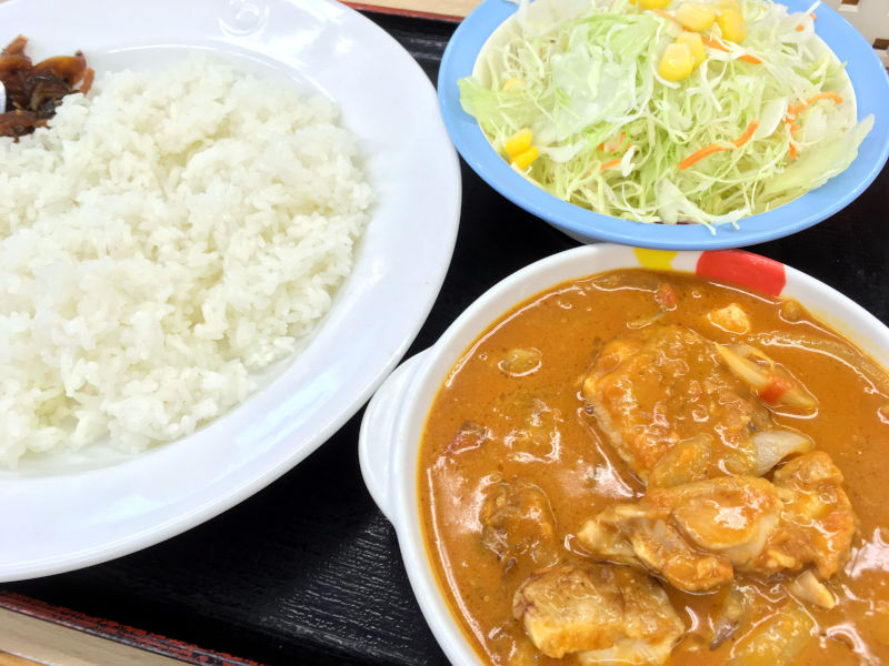 ごろごろチキンのバターチキンカレー生野菜セット@松屋