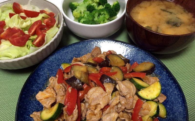 豚こま肉と夏野菜のチリソース炒め