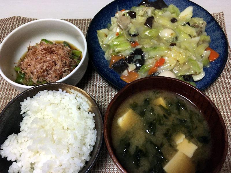 八宝菜とアスパラガスのおひたし