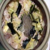 鶏肉と豚肉の醤油風味鍋