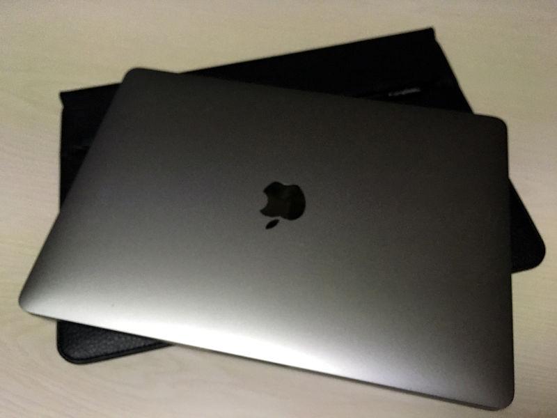 MacBook Pro 13inch用にスリーブケースを購入した