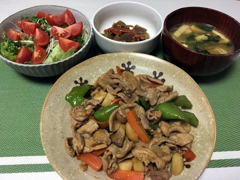 豚肉と土佐甘とうとエリンギのオイスターソース炒め