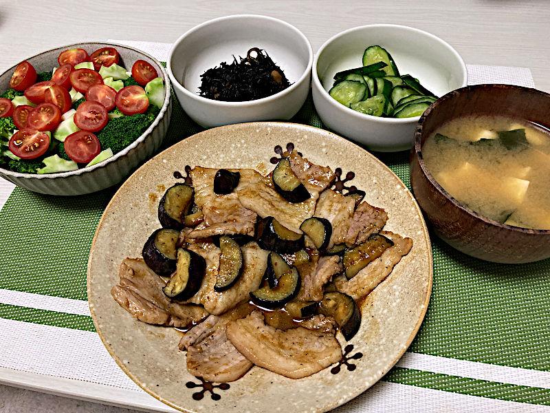豚カルビ肉と茄子の味噌ダレ炒め