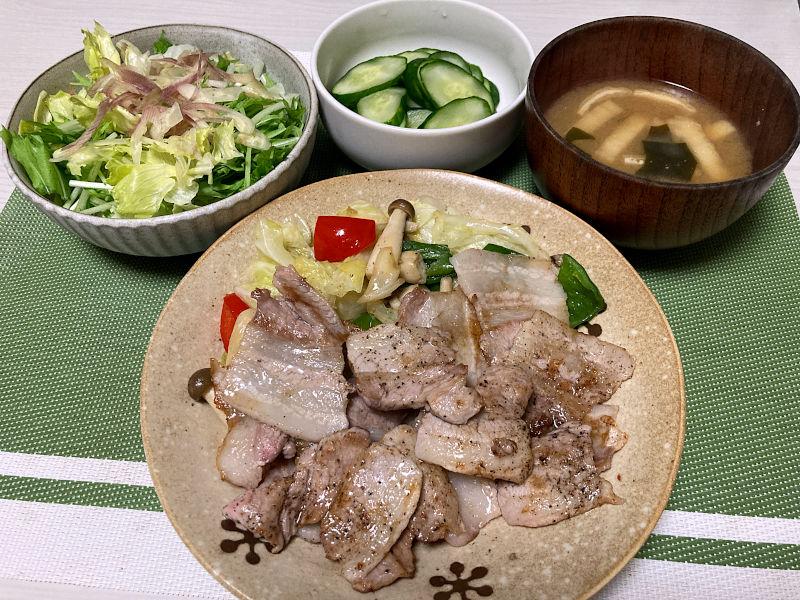 豚カルビ肉で焼肉